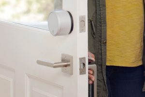 Top 5 Reasons You Should Get A Smart Lock for Your Front Door