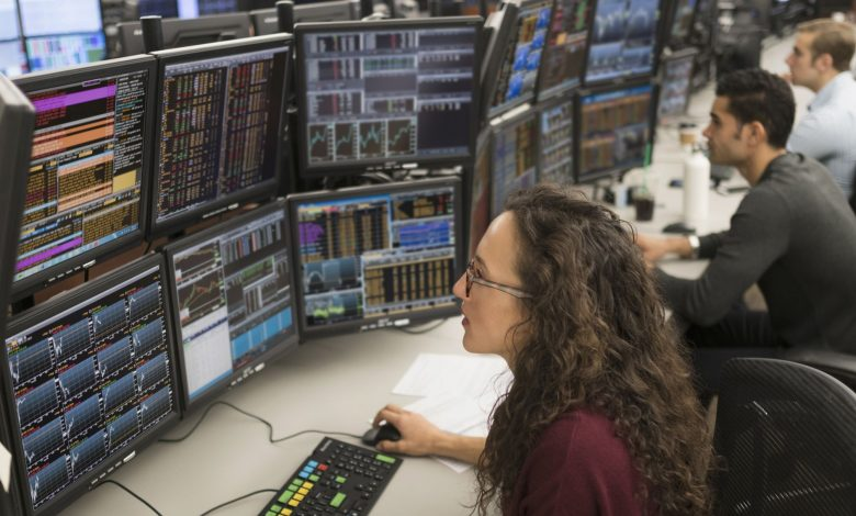 How to become a professional stock trader